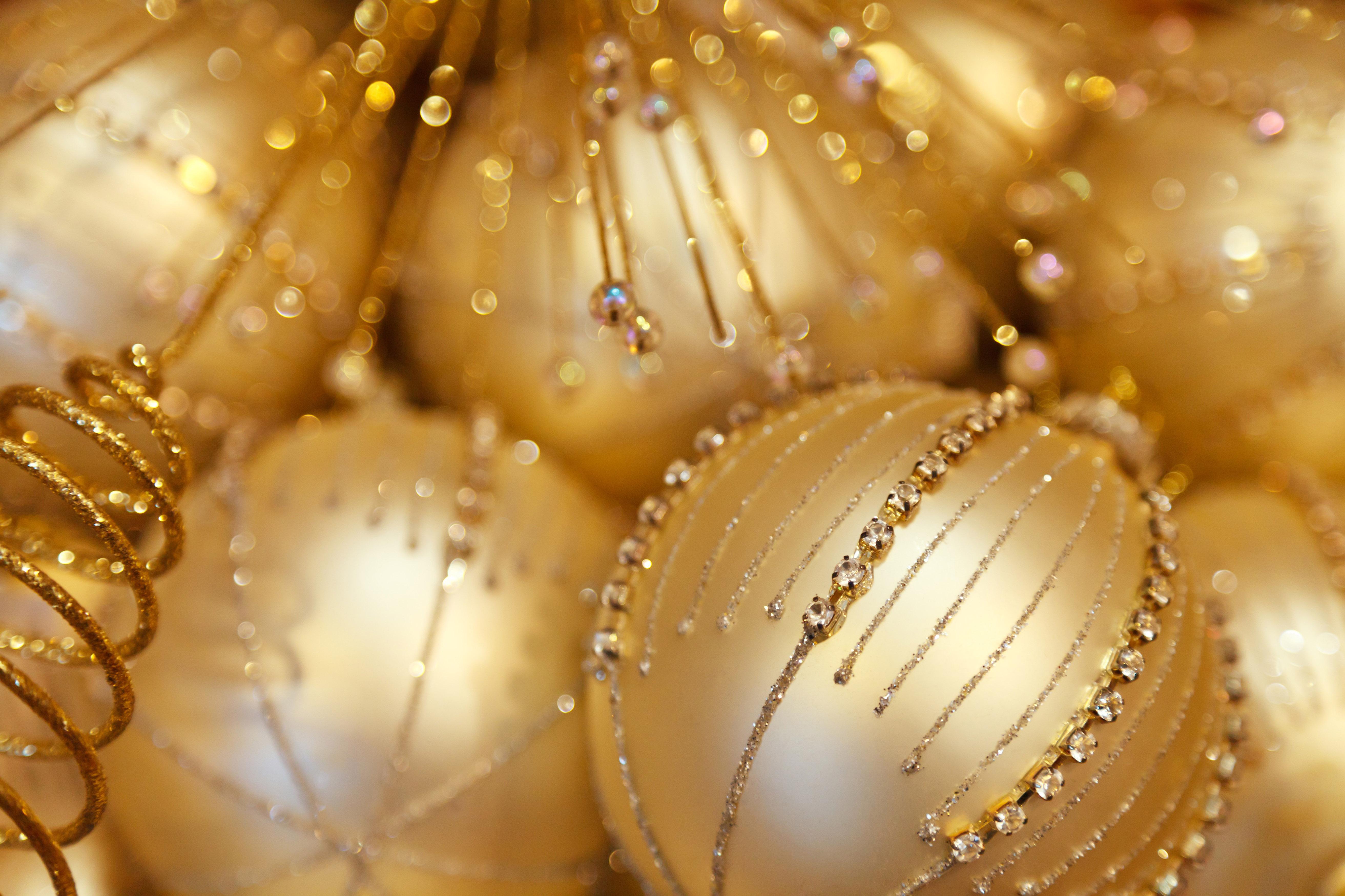 Light Gold Ball Christmas Background
